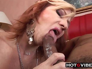 Cuckold Husband Films Wife With BIG BLACK PENIS - ANALDIN