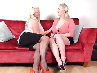 Buxom mature blonde lesbians Charley Green and Sarah Daniel