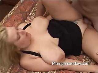 Devilz Candy is a chubby blonde enjoying a sexual sensation