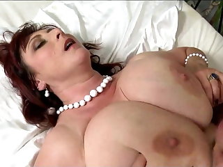 Big titted mature with big saggys had intercourse hard