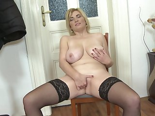 Sjort haired mature blonde MILF Galinka stuffs her pussy with toys