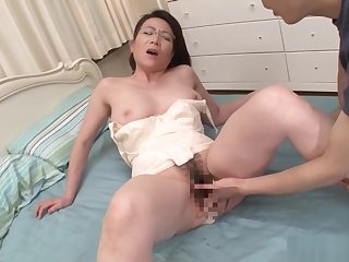 Mature babe Shinobu Ooishi enjoys a steamy sex
