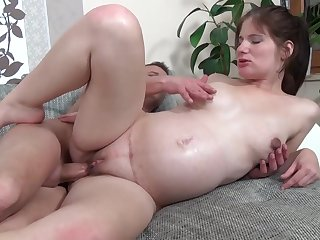 First Timer Fuckable Pregnant Girl - sunny leone