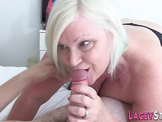 Granny Gives Hard Sex Bj to a Big Dick