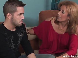 My Girlfriend's Housewife Seduced by Hairy Snatch