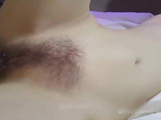 皮肤白皙网红女神被摄影师玩的淫水哗哗流 - hairy japanese pussy