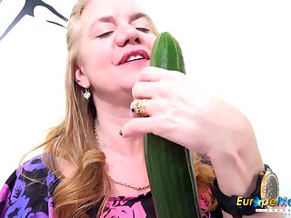 EuropeMaturE Solo Milf Masturbating with Toys