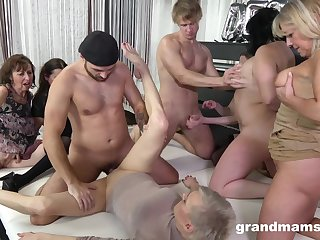 Granny Group sex orgy - euro porn with old matures