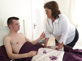 Skinny dude has a fetish to fuck busty mature ladies like Tiger Cub