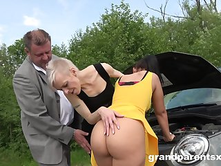 Old and young couple fucking together in the outdoor amateur video