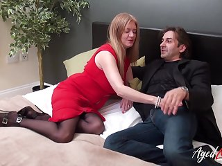 Hardcore mature sex with amazing horny lady in professional footage