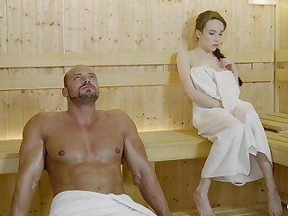 Russian Freulein with braided crawl and large mammories got drilled in the sauna, waiting for she came