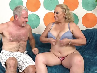 Chubby mature blonde MILF Stunning Summer gets cum on her illustrious tits