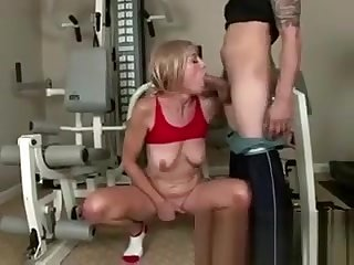 Nerdy Granny Sucking On Huge Cock