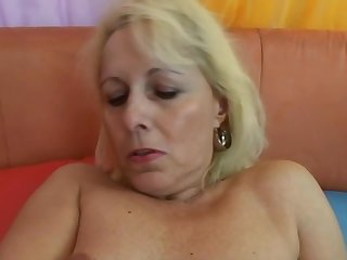 Czech Mom Whore Banged On Camera In H - Old Mom