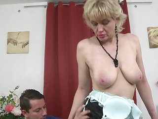 Hard missionary fuck for a mature amateur blonde granny Sandra G.