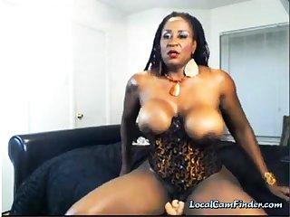Ebony Dom