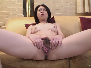 Nobuko Tachikawa spreads her legs to show her pussy before sex