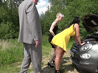 Outdoor foursome is good experience for mature lady and her hot friend