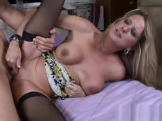 Hottie Mother In Law Bridgette Lee Fucks Well Tender Step son