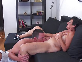 Guy's huge cock sure suits auntie very much